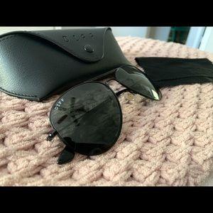 DIFF Eyewear black aviators